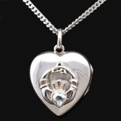 Pendant locket Claddagh