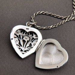 """""""Forget-me-not flowers"""" Locket"""