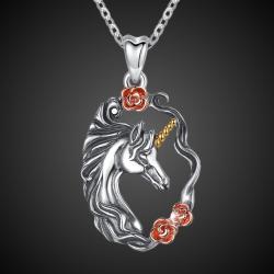 """Pendentif """"Licorne avec des roses"""" en argent massif 925"""
